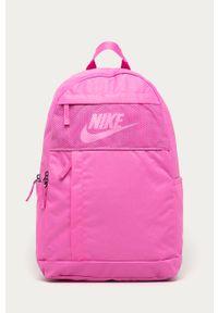 Różowy plecak Nike Sportswear
