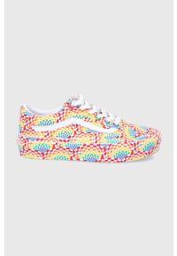 Vans - Tenisówki PRIDE. Nosek buta: okrągły. Zapięcie: sznurówki. Obcas: na platformie