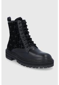 Marella - Workery. Nosek buta: okrągły. Zapięcie: sznurówki. Kolor: czarny. Materiał: skóra