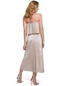 Sukienka z dekoltem typu hiszpanka, z odkrytymi ramionami, maxi