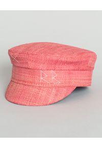 RUSLAN BAGINSKIY - Różowy kaszkiet ze słomy. Kolor: różowy, fioletowy, wielokolorowy. Sezon: wiosna, lato, jesień