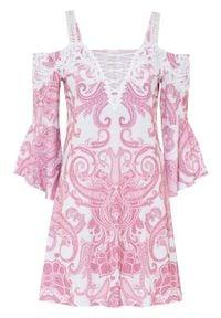 Sukienka z dekoltem carmen bonprix jasnoróżowo-biel wełny paisley. Typ kołnierza: typu carmen. Kolor: różowy. Materiał: wełna. Długość rękawa: na ramiączkach. Wzór: paisley. Długość: mini