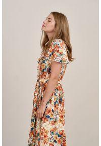 Marie Zélie - Sukienka Eulalia Caneton kremowa. Kolor: kremowy. Materiał: wiskoza. Długość rękawa: krótki rękaw. Długość: midi