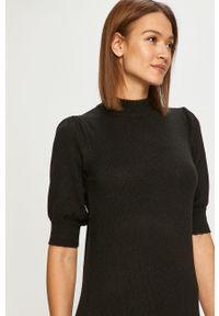Czarna sukienka Jacqueline de Yong z krótkim rękawem, mini, prosta, casualowa