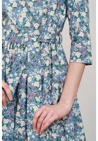 Marie Zélie - Sukienka Melia Amata. Typ kołnierza: kokarda. Materiał: materiał, skóra, bawełna, elastan. Styl: klasyczny