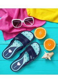 LANO - Klapki damskie basenowe Lano KL-3-3060-13 Granatowe. Okazja: na plażę. Kolor: niebieski. Materiał: guma. Obcas: na obcasie. Wysokość obcasa: niski