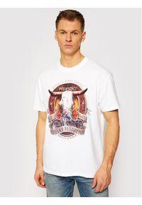 Wrangler T-Shirt Bull W7ADGFXW1 Biały Vintage Fit. Kolor: biały. Styl: vintage