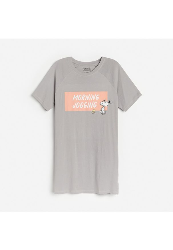 Reserved - Koszula nocna Snoopy - Szary. Kolor: szary