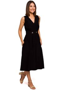 Czarna sukienka rozkloszowana MOE na lato