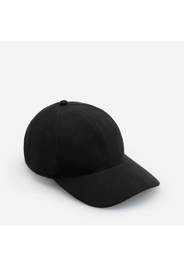 Czarne nakrycie głowy Reserved