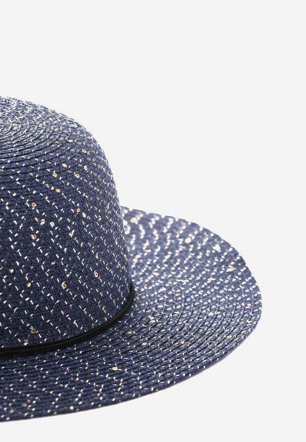 Niebieski kapelusz Renee