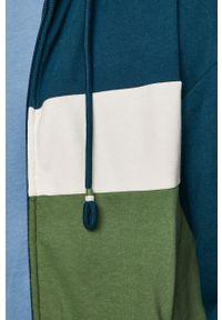 Zielona bluza nierozpinana medicine na co dzień, retro, z kapturem
