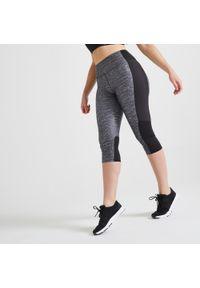 DOMYOS - Legginsy fitness Domyos 120 krótkie. Stan: podwyższony. Materiał: poliester, materiał, elastan. Długość: krótkie. Sport: fitness