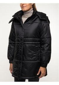 Emporio Armani Płaszcz zimowy 6G2L77 2NUNZ 0999 Czarny Regular Fit. Kolor: czarny. Sezon: zima