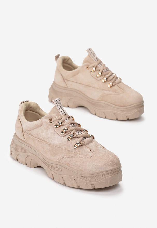 Beżowe buty sportowe Renee