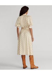 Ralph Lauren - RALPH LAUREN - Satynowa sukienka w kwiaty. Okazja: do pracy. Typ kołnierza: polo. Kolor: beżowy. Materiał: satyna. Wzór: kwiaty. Długość: midi