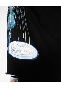 EMMA & GAIA - Czarna bluza z nadrukiem. Kolor: czarny. Materiał: jeans, materiał. Wzór: nadruk. Styl: klasyczny