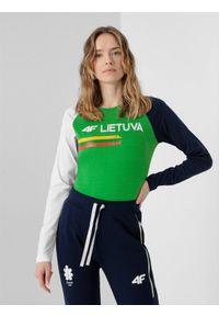 4f - Longsleeve damski Litwa - Tokio 2020. Kolor: zielony. Materiał: dzianina, bawełna. Długość rękawa: długi rękaw. Długość: długie. Wzór: nadruk. Sezon: lato