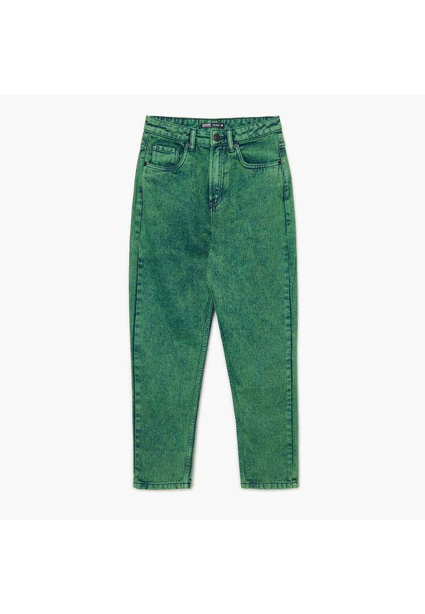 Cropp - Jeansy mom z wysokim stanem - Zielony. Stan: podwyższony. Kolor: zielony