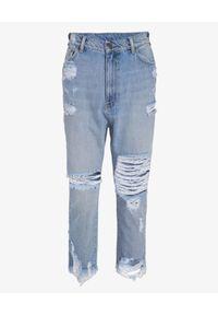 SER.O.YA - Jeansy typu Boyfriend Omar Drop. Kolor: niebieski. Wzór: aplikacja. Styl: klasyczny