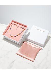 AMINA MUADDI - Kolorowy naszyjnik z kryształami. Materiał: srebrne. Kolor: czerwony. Wzór: kolorowy. Kamień szlachetny: kryształ #6