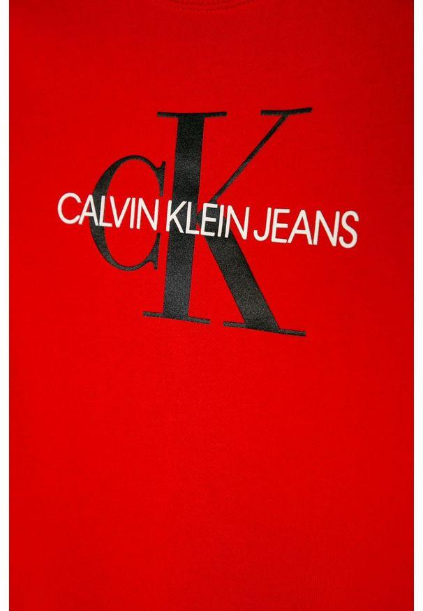 Czerwona bluza Calvin Klein Jeans casualowa, bez kaptura, z nadrukiem, na co dzień
