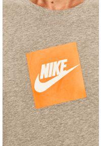 Szara koszulka z długim rękawem Nike na co dzień, z nadrukiem