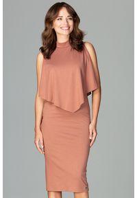 Lenitif - Dopasowana sukienka midi z doszytą pelerynką brązowa. Kolor: brązowy. Typ sukienki: ołówkowe, dopasowane. Styl: elegancki. Długość: midi