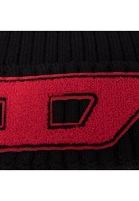 Czarna czapka zimowa Diesel