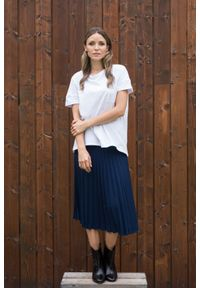 VEVA - Spódnica plisowana Charming Pleats granatowa. Kolor: niebieski. Długość: długie. Styl: sportowy, klasyczny, elegancki