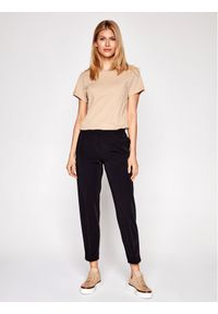 Samsoe & Samsoe - Samsøe Samsøe Spodnie materiałowe Hoys F15404308 Czarny Regular Fit. Kolor: czarny. Materiał: materiał