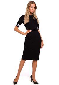 Czarna sukienka dzianinowa MOE