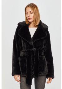 Czarna kurtka Bomboogie klasyczna, na co dzień, bez kaptura