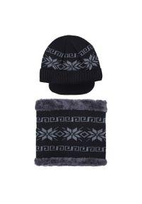 Czarna czapka Giacomo Conti w kolorowe wzory, na zimę