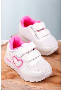 Casu - białe buty sportowe na rzepy casu x506a. Zapięcie: rzepy. Kolor: biały