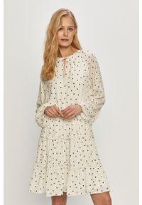Vila - Sukienka. Kolor: biały. Materiał: tkanina. Długość rękawa: długi rękaw. Typ sukienki: rozkloszowane