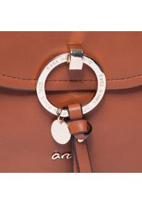 Brązowa torebka klasyczna Ara