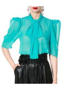 AGGI - Turkusowa bluzka Angel. Okazja: do pracy, na spotkanie biznesowe. Kolor: niebieski. Materiał: tkanina, wiskoza, jedwab. Styl: wizytowy, biznesowy, elegancki