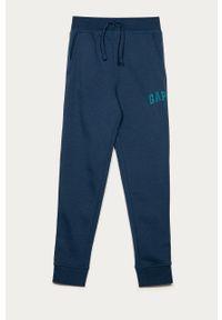 Niebieskie spodnie dresowe GAP z nadrukiem, na co dzień