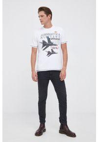Aeronautica Militare - T-shirt. Okazja: na co dzień. Kolor: biały. Materiał: dzianina. Wzór: nadruk. Styl: casual