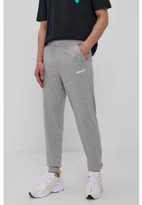 Diadora - Spodnie. Kolor: szary