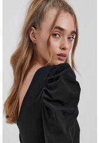 only - Only - Sukienka. Kolor: czarny. Materiał: bawełna, dzianina, materiał. Długość rękawa: długi rękaw. Wzór: gładki. Typ sukienki: dopasowane