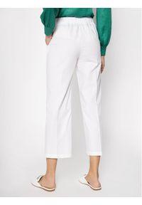 Manila Grace Chinosy P565CU Biały Regular Fit. Kolor: biały