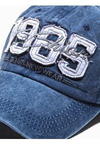 Ombre Clothing - Czapka męska z daszkiem H077 - granatowa - uniwersalny. Kolor: niebieski. Materiał: bawełna