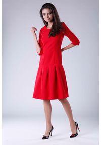 Czerwona sukienka wizytowa Nommo wizytowa