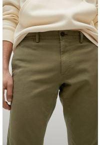 Mango Man - Spodnie BARNA. Kolor: brązowy, wielokolorowy, złoty. Materiał: elastan, tkanina, materiał, bawełna. Wzór: gładki #3