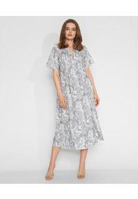 HEMISPHERE - Niebieska sukienka we wzory. Kolor: biały. Materiał: len, materiał. Wzór: kwiaty. Długość: midi