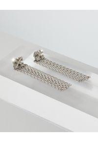 OFF-WHITE - Wiszące kolczyki ze strzałami. Materiał: srebrne. Kolor: srebrny. Wzór: aplikacja #3