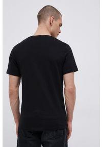 Jack & Jones - T-shirt bawełniany. Kolor: czarny. Materiał: bawełna. Wzór: nadruk