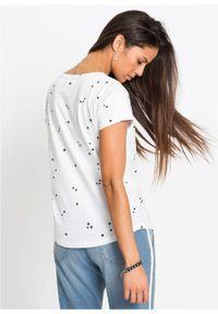 Shirt w gwiazdy bonprix biały z nadrukiem. Kolor: biały. Długość rękawa: krótki rękaw. Długość: krótkie. Wzór: nadruk